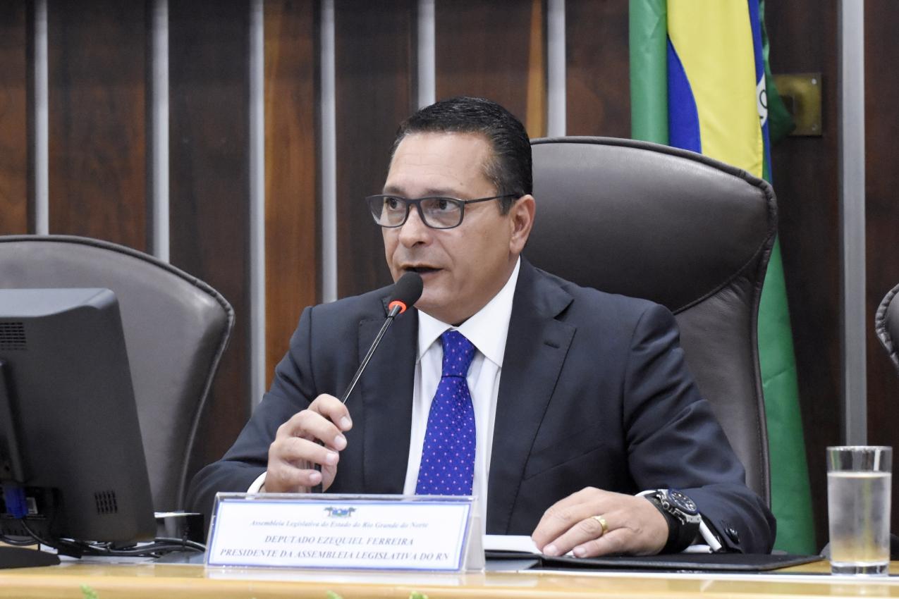 Ezequiel viabiliza parceria para segurança em Serra Negra do Norte