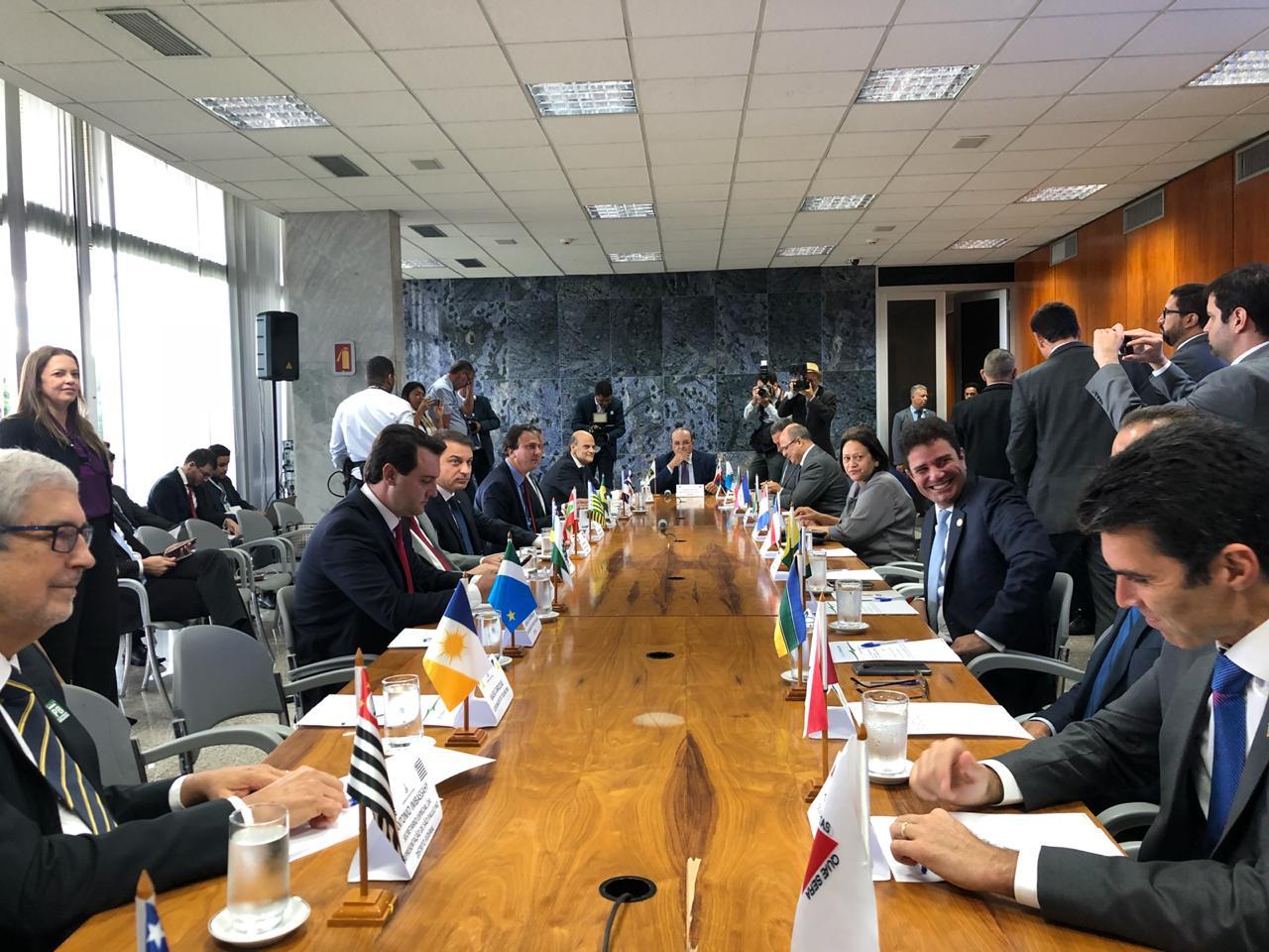 Fátima participa de reunião preparatória para III Fórum dos Governadores