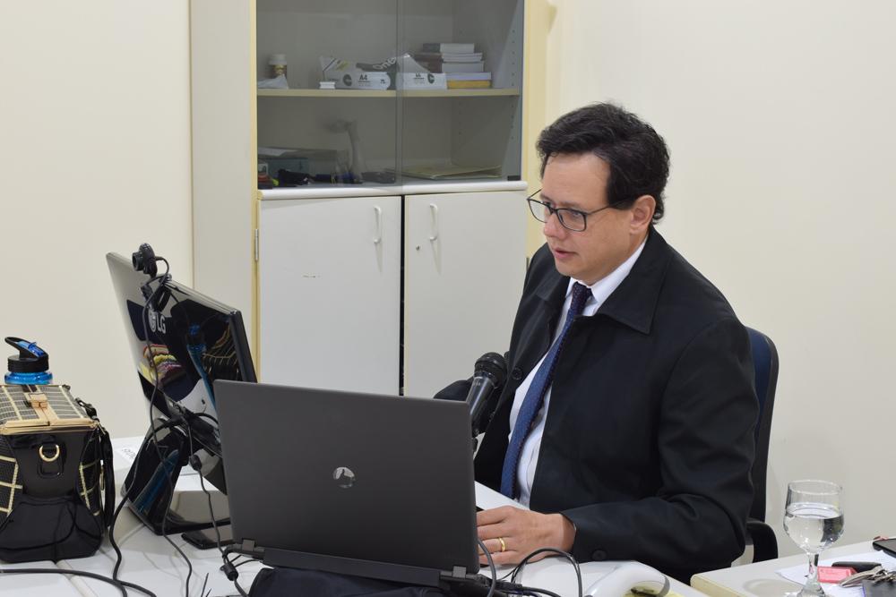 Inteligência Artificial auxilia juiz na realização de tarefas diárias e contribui para acelerar rotinas processuais