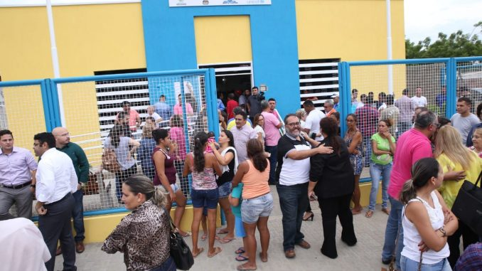 Prefeita de Mossoró inaugura CCI do Wilson Rosado anunciando entrega de novas obras e saneamento