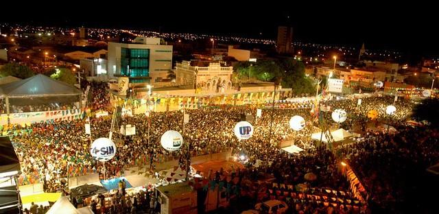 Prefeitura de Mossoró reúne comerciantes que pretendem trabalhar na Estação das Artes durante MCJ 2019