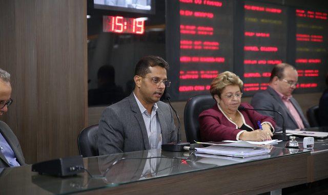 Secretário de Planejamento de Mossoró participa de discussão sobre a LDO na Câmara Municipal