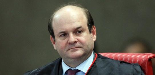Tarcisio Vieira de Carvalho Neto é reconduzido ao cargo de ministro efetivo do TSE para novo biênio