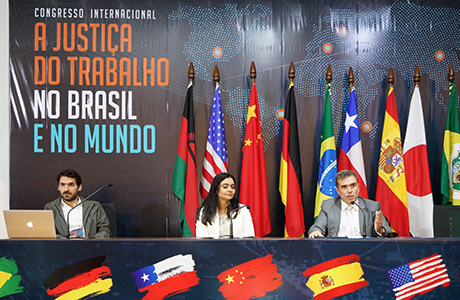 Congresso reúne especialistas em Direito do Trabalho de quatro continentes