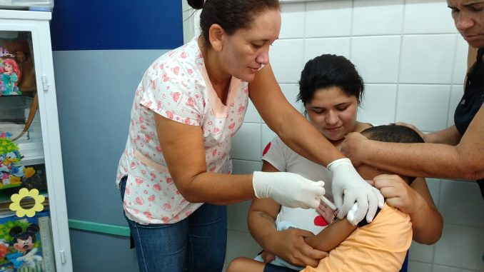 Primeiro-Dia-de-Vacinação-contra-Influenza-em-2019-2-678x381