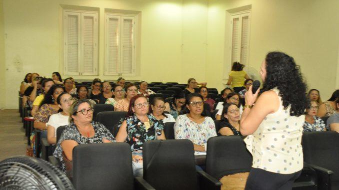 Secretaria de Educação de Mossoró promove formação com conselheiros escolares