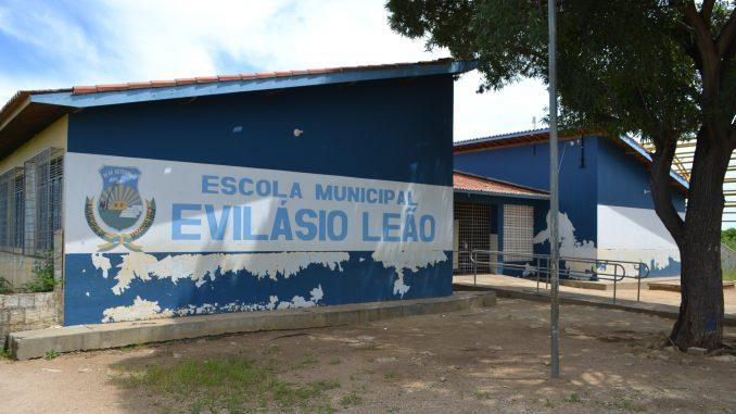 Prefeitura de Mossoró lança edital de construção de quadra de esportes em Escola Municipal