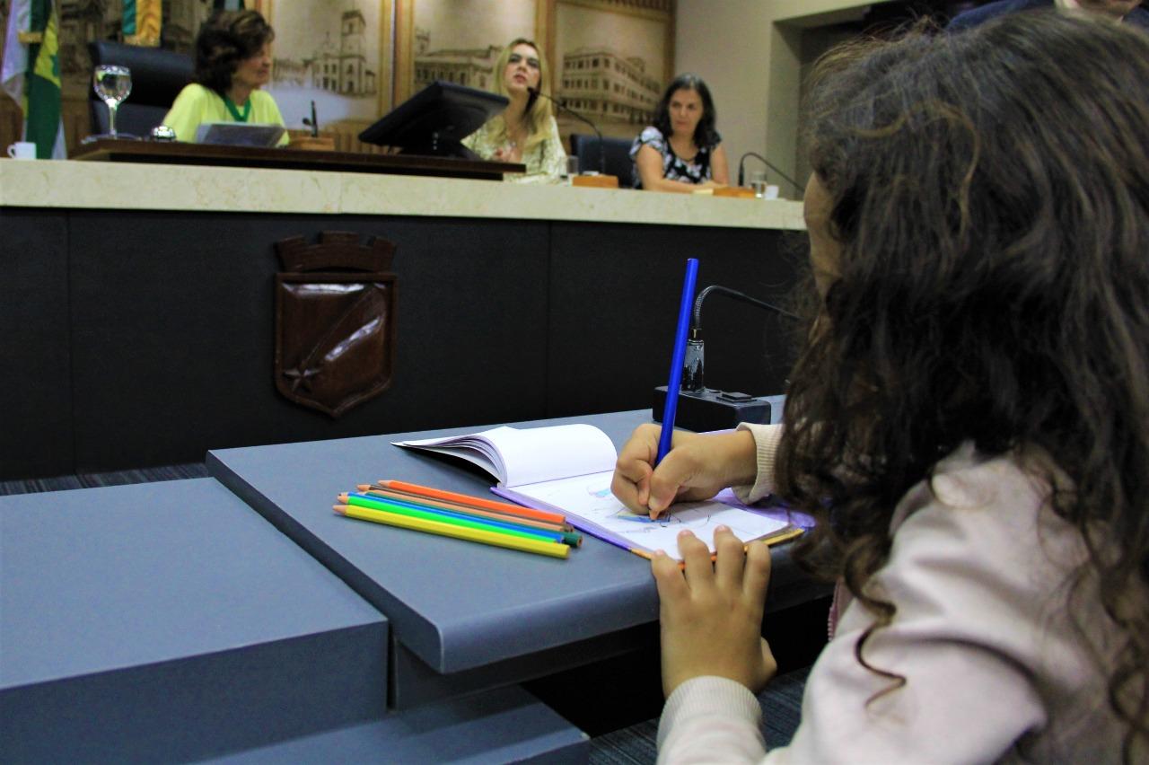 Financiamento da Educação Pública é tema de debate de Frente Parlamentar