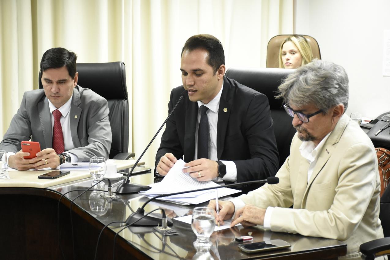 CCJ debate com secretário Projeto do consórcio Inter federativo de Saúde