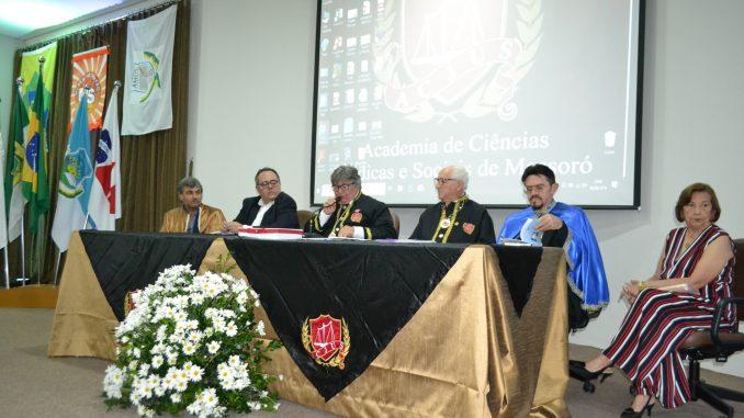 Secretário Municipal de Cultura de Mossoró representa Prefeita Rosalba Ciarlini em Sessão Magna da ACJUS
