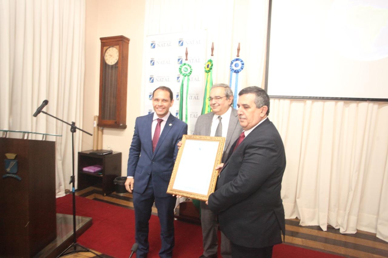 Prefeito de Belém da Palestina é o novo cidadão natalense