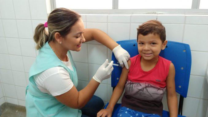 Primeiro-Dia-de-Vacinação-contra-Influenza-em-2019-5-678x381