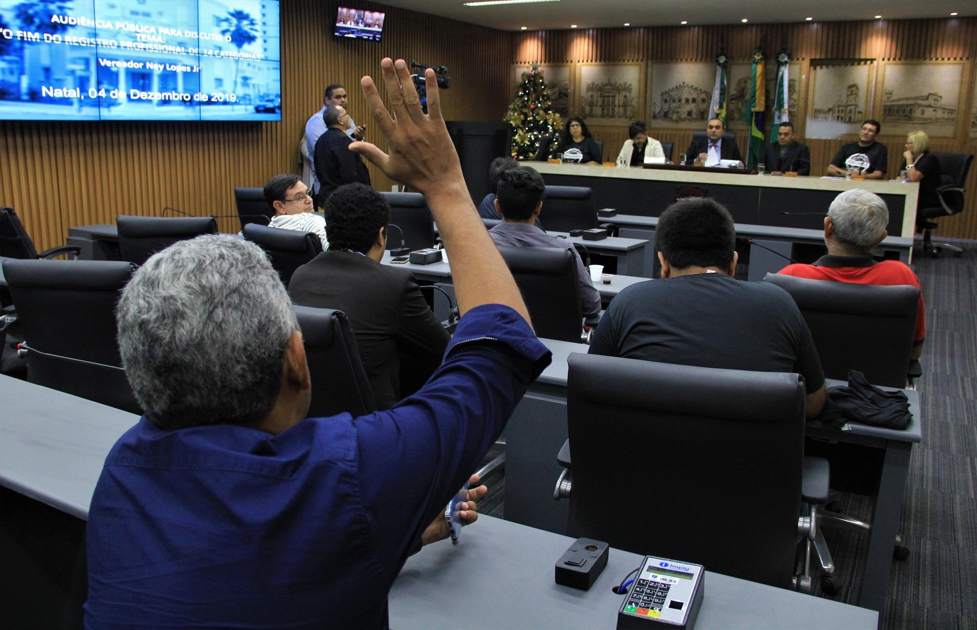 Câmara de Natal debate MP que desobriga registro profissional de jornalistas
