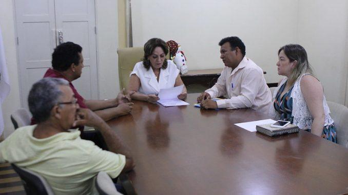 Prefeita Rosalba Ciarlini recebe lideranças comunitárias