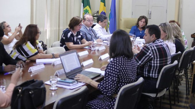 Prefeita Rosalba Ciarlini recebe visita de representantes do programa Justiça Presente