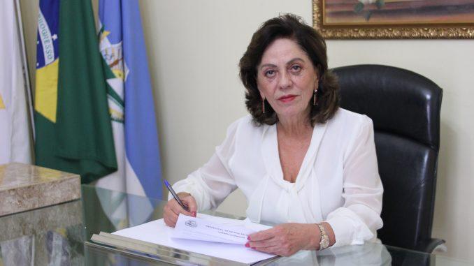 19-05-2020-Prefeita-Rosalba-anuncia-gratificação-de-40-para-servidores-da-Saúde-38-678x381