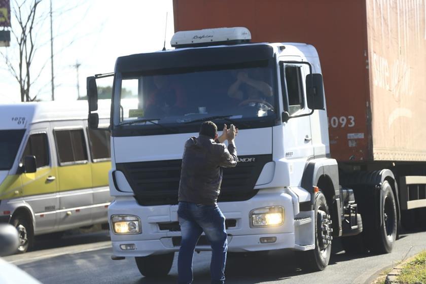 Protesto-de-caminhoneiros